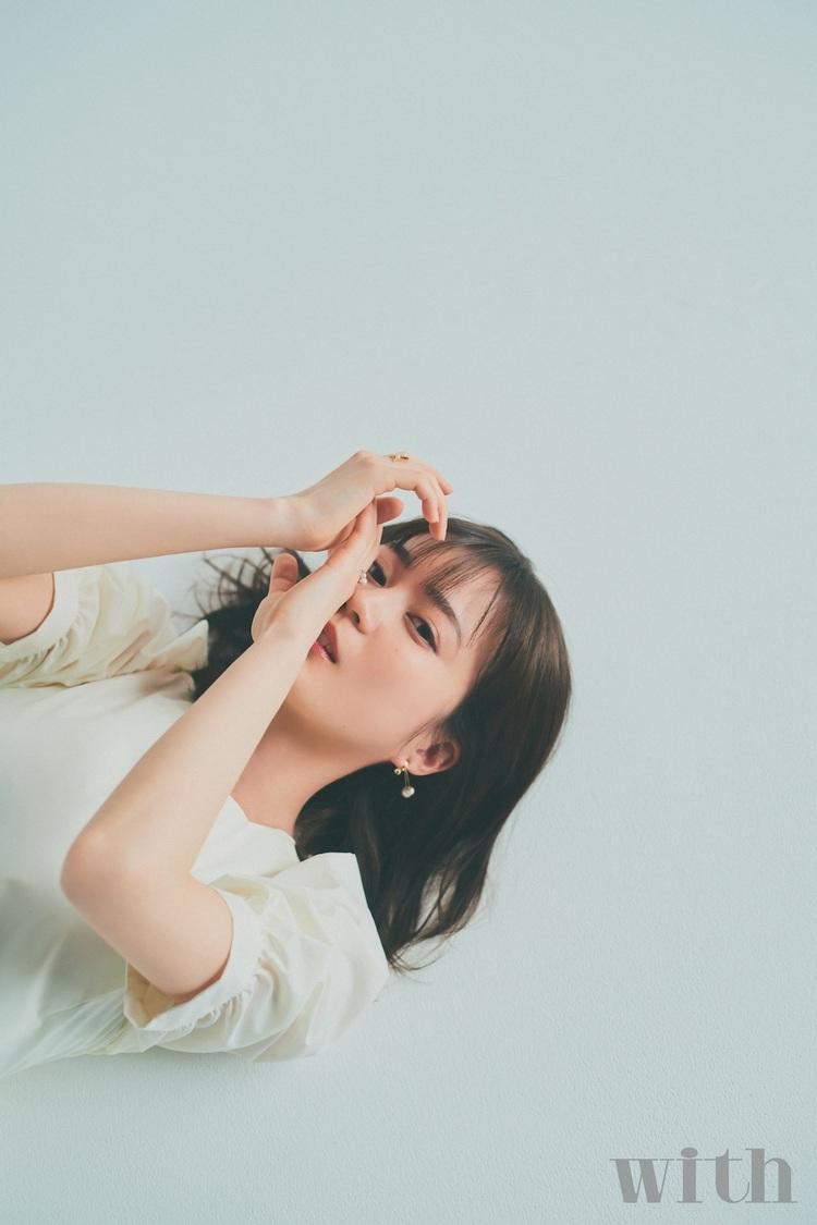生田絵梨花(『with5月号』より)