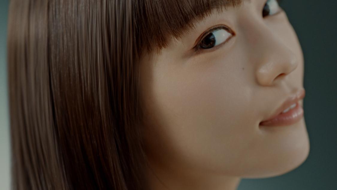 川口春奈、心地よいシャンプー時間にうっとり!「気持ちよくて、そのまま寝落ちしちゃいそうでした(笑)」『いち髪 THE PREMIUM』新CM出演