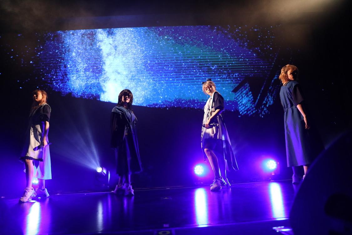 CYNHN[ライブレポート]揺るぎなき決意と圧倒的な世界観で魅せたワンマンライブ「もっと上のステージも見たいし、私たちは全然まだ諦めていない」