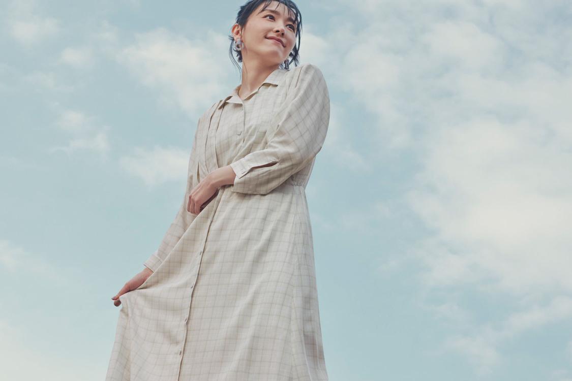 新垣結衣、ポジティブな表情で空を見上げる!「楽しいことが起こりそう」『H&M』2021GWキャンペーンアンバサダー就任