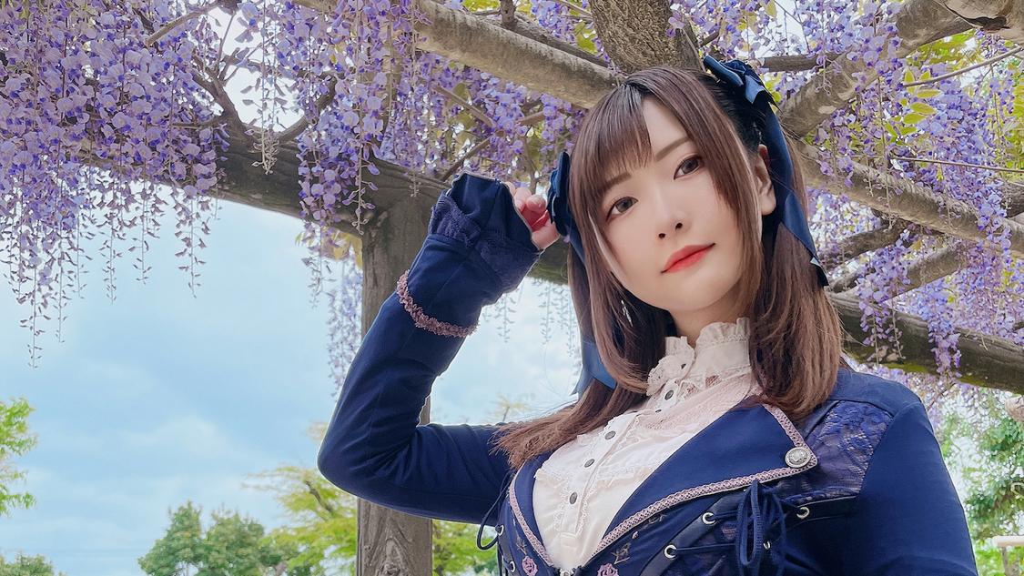 美人コスプレイヤー・すみれおじさん、TikTokに「家にあるものでジブリ女子」動画公開!