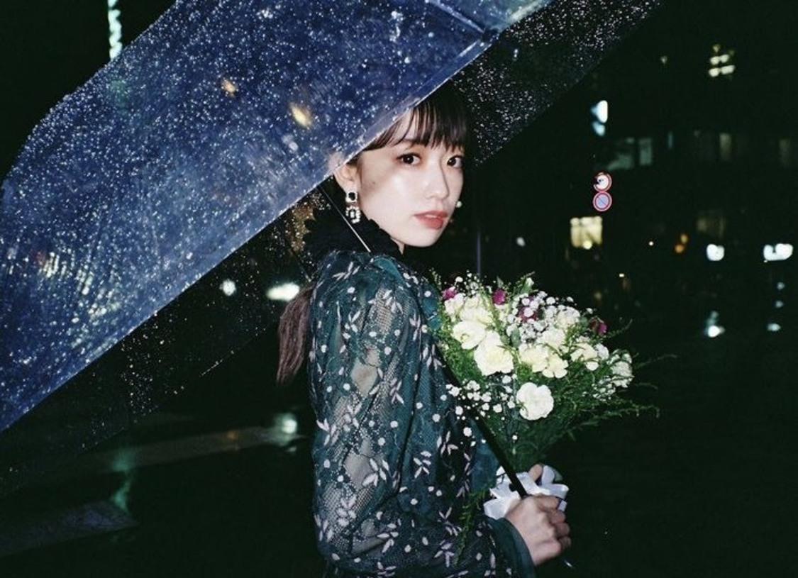 神宿 塩見きら、地元凱旋公演の初開催を記念して母が経営する『FleurMatsuyama』にて祝い花の受付開始!「家族に恩返しがしたい」