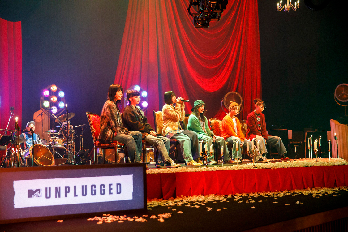 『MTV Unplugged: BiSH』より(撮影:sotobayashi kenta)
