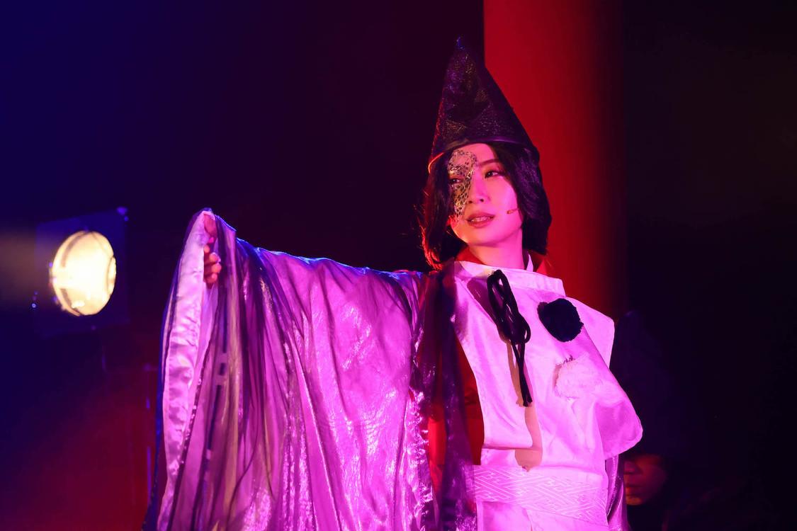 高柳明音、SKE48卒業後の初舞台<あやかし緋扇>で悪役に挑戦!「私演じる祇夕の見どころは……オープニングとエンディングの表情の違いです!」