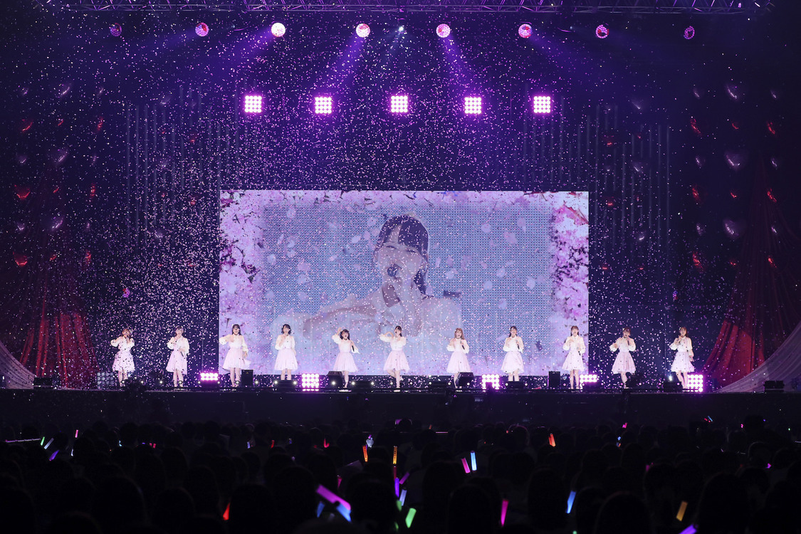 =LOVE[ライブレポート]希望あふれるシーンを見せつけた横浜アリーナ公演「みなさんをもっと大きなステージへ連れていきます!」