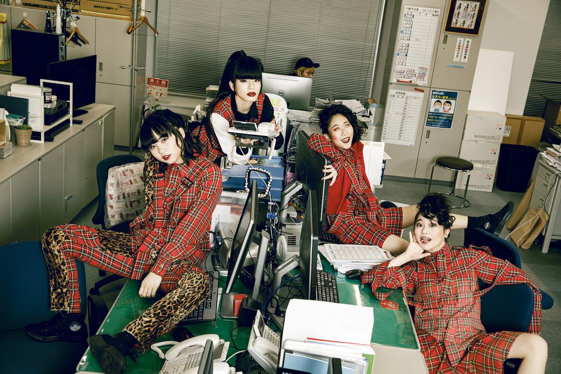 BiS、BRAHMAN「BASIS」カバーSGをタワーレコード橿原店限定ゲリラリリース!