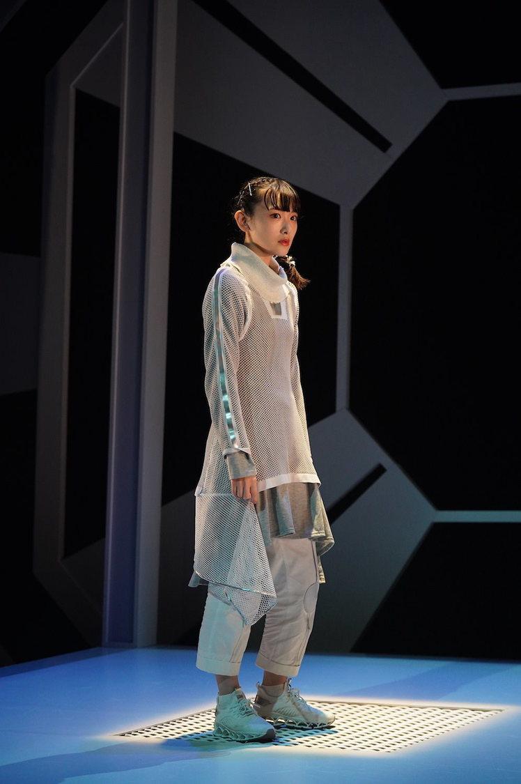 生駒里奈[ゲネプロレポート]1人芝居<僕とメリーヴェルの7322個の愛>開幕!「見たことのない生駒里奈を観ていただければ」