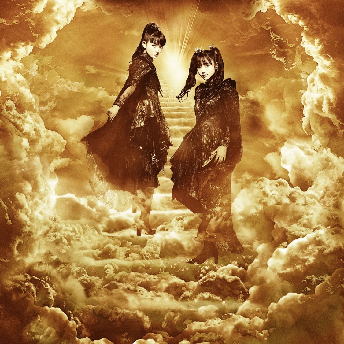 BABYMETAL、結成10周年を締めくくる動画「THE ONE – STAIRWAY TO LIVING LEGEND」公開!