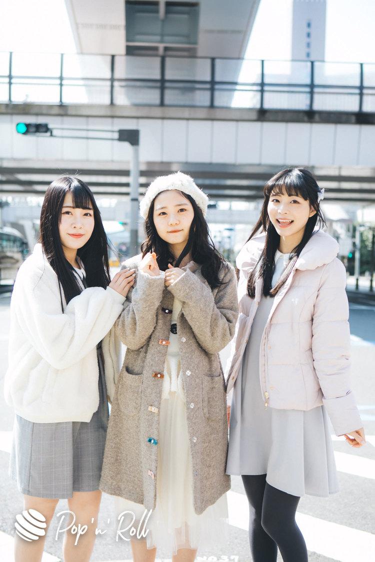 寺嶋由芙・長谷川瑞・茉井良菜のファッション&コスメ「3人安心と信頼の黒髪」