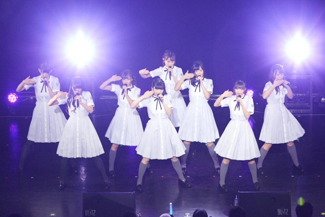 【ライブレポート】22/7、赤坂ブリッツ公演開催。まさかの告知に号泣するメンバーも