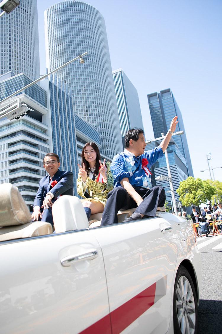 SKE48 松井珠理奈、世界選抜総選挙の公約実現! 名古屋街頭パレードに登場