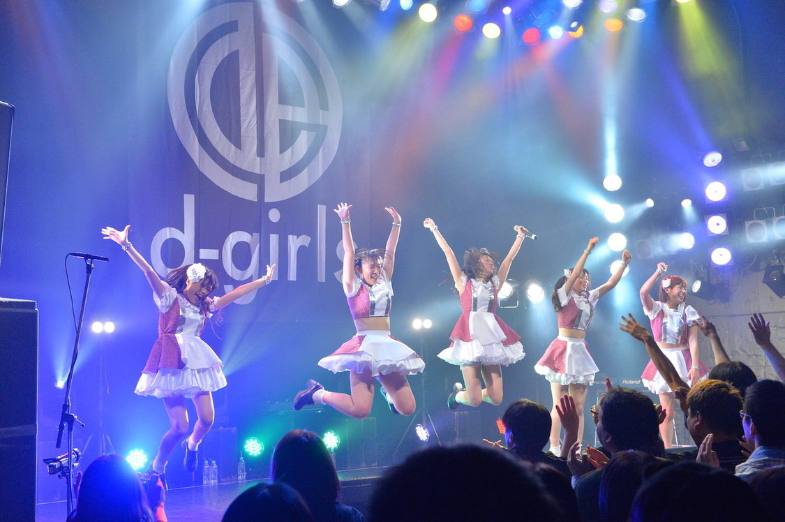 【ライブレポート】d-girls、5人の個性で熱狂を描き切ったTSUTAYA O-WEST単独公演