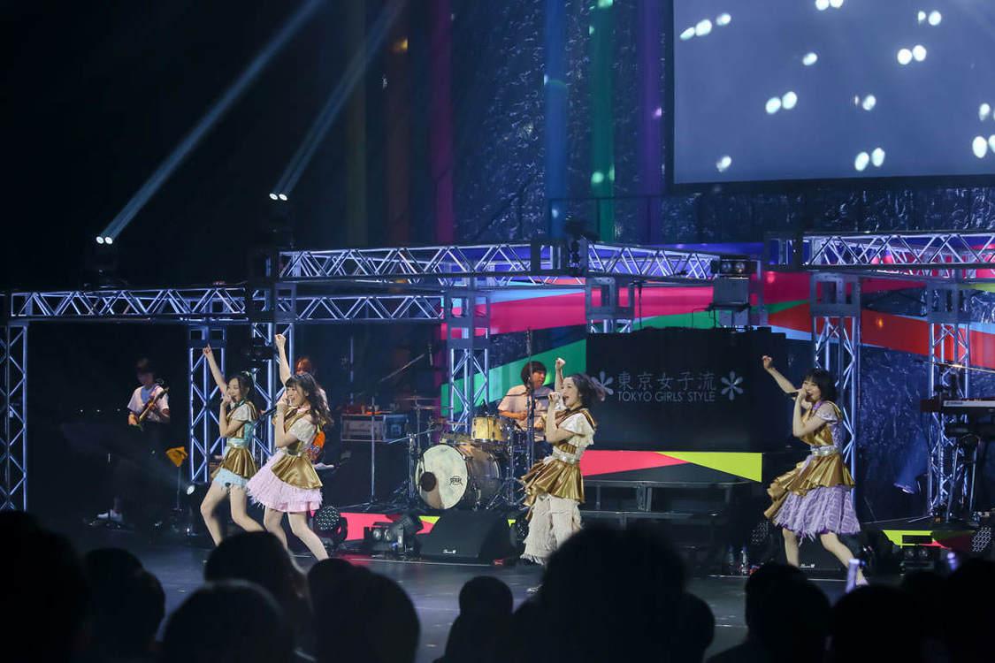 【ライブレポート】東京女子流、これまでの歩みと未来への決意を見せつけた中野サンプラザホール公演