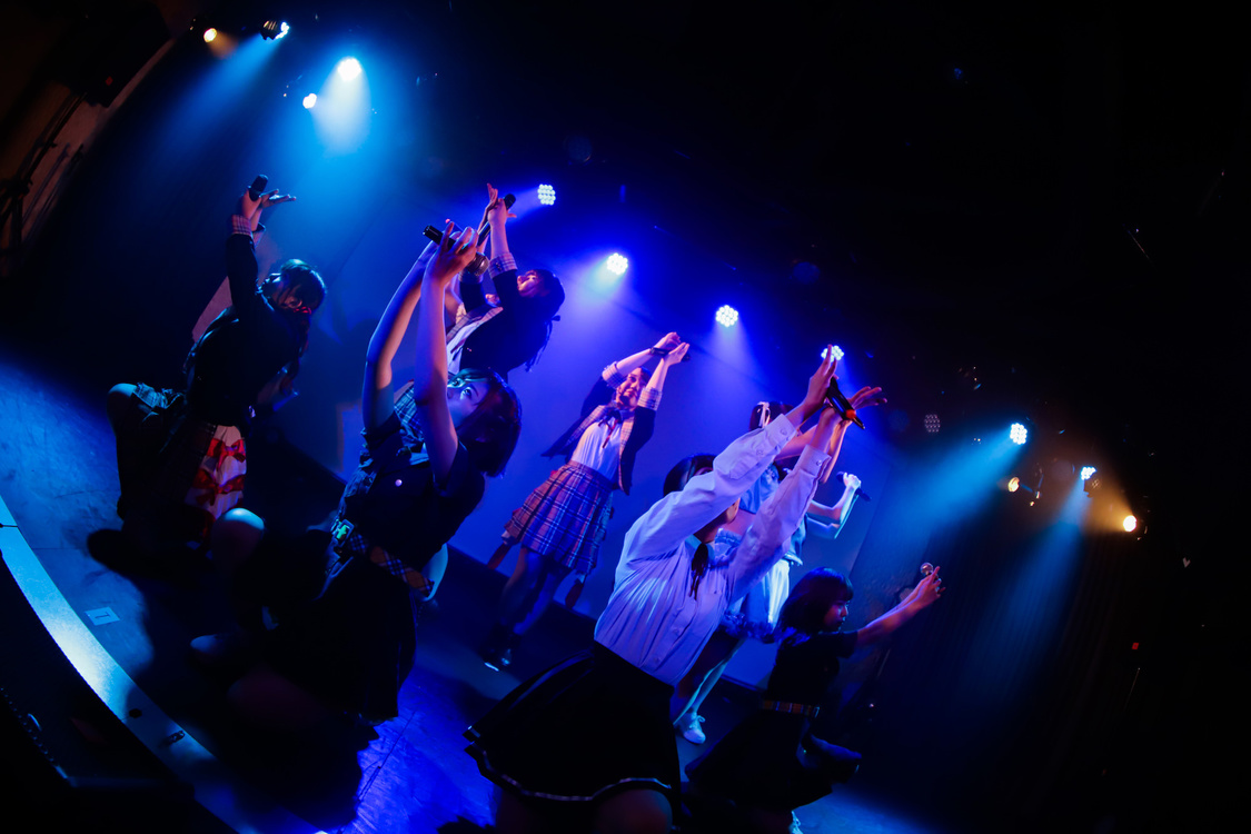 【Holoscope レポート】4つの女子大生サークルが一夜限りのコラボ!アイドルダンスを厳選カバー