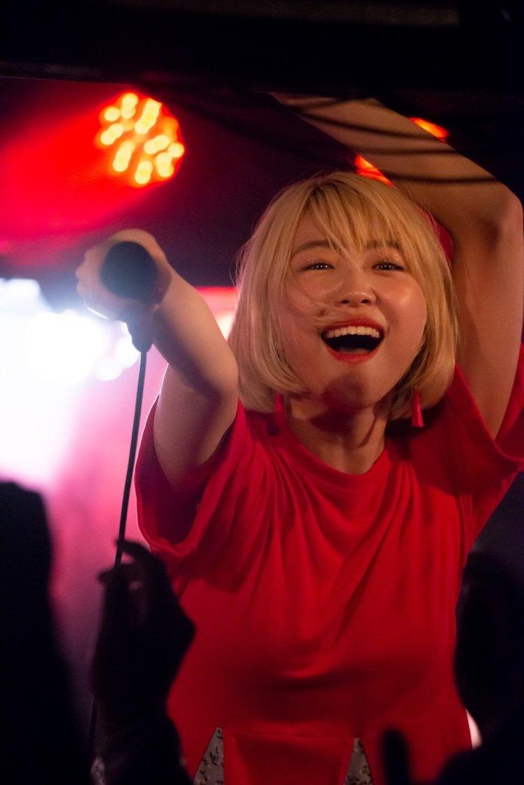 【ライブレポート】大矢梨華子、初の自主企画ワンマン大盛況!「はじめまして大矢梨華子です」