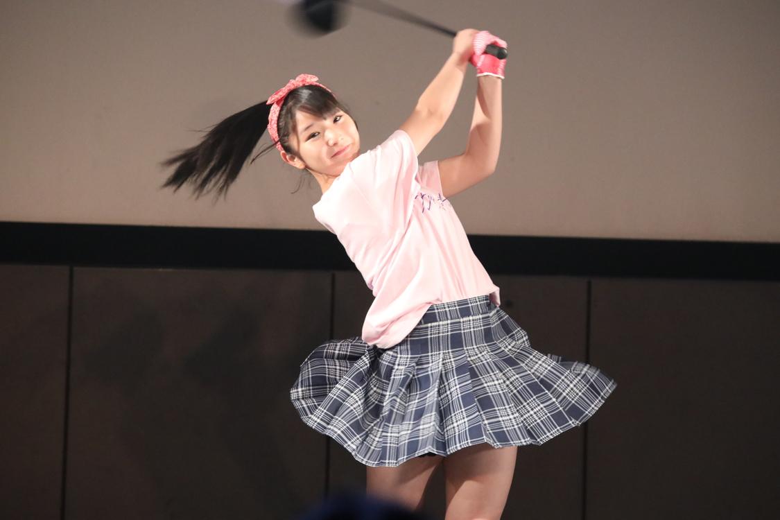 AKB48チーム8[ライブレポート]藤園麗、本格的ゴルフスイング披露!<チーム8ガッツフレッシュライブ〜咲け咲けうちらの笑顔の輪〜>開催