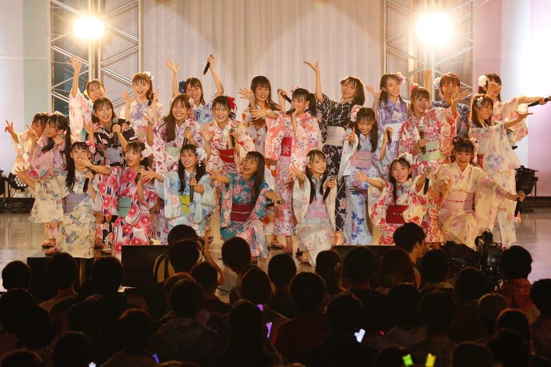 =LOVE&≠ME[ライブレポート]盛りだくさんの初合同コンサート開催!「24人のこと、愛してくれますかー?」