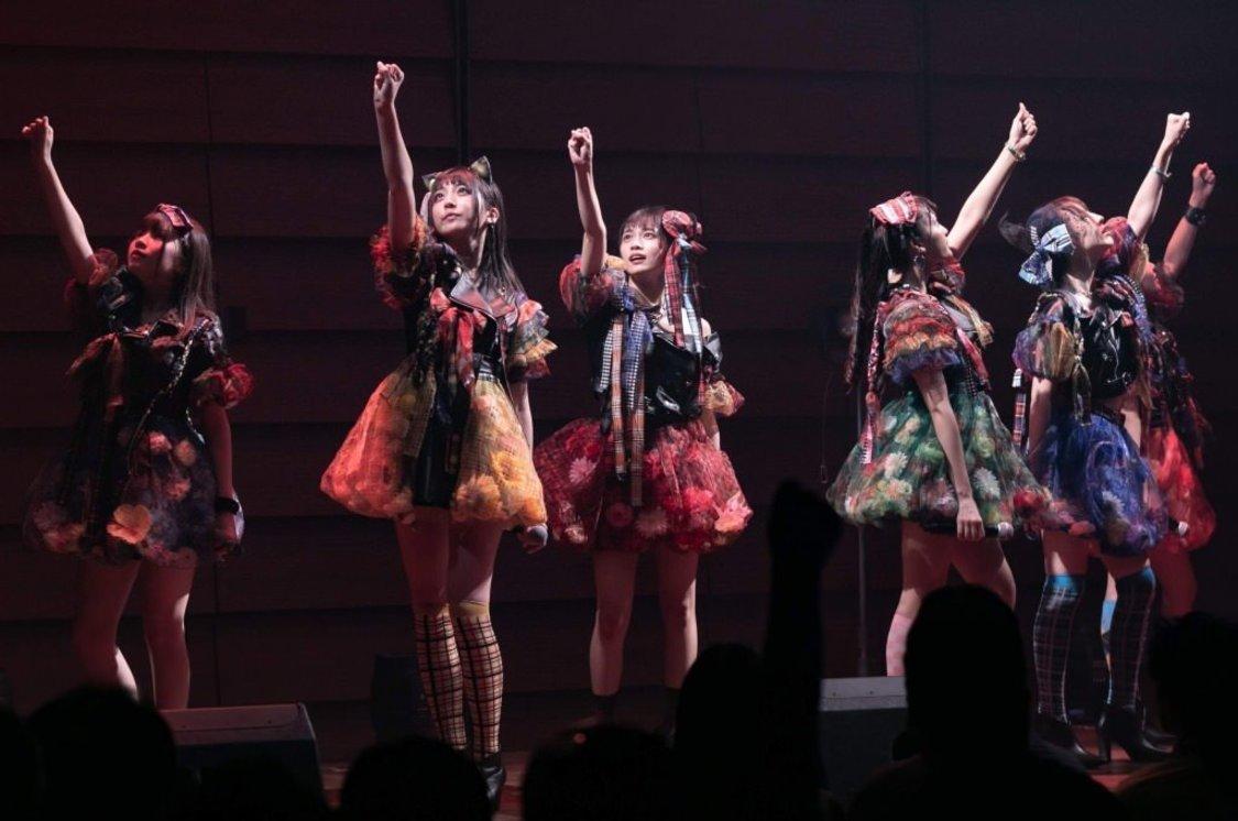 マジパン[ライブレポート]新衣装&新曲披露で未来への強き決意を見せたファン感謝ライブ