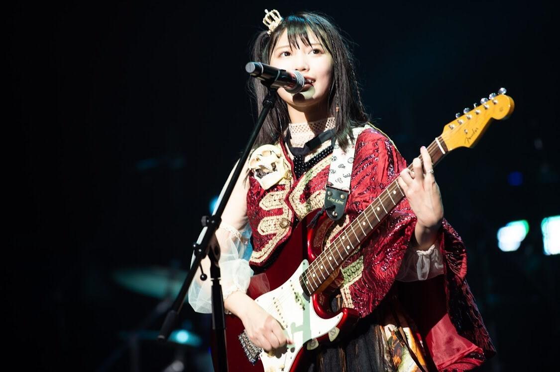 まねきケチャ[ライブレポート]4周年は生歌&バンドセットで渾身パフォーマンス