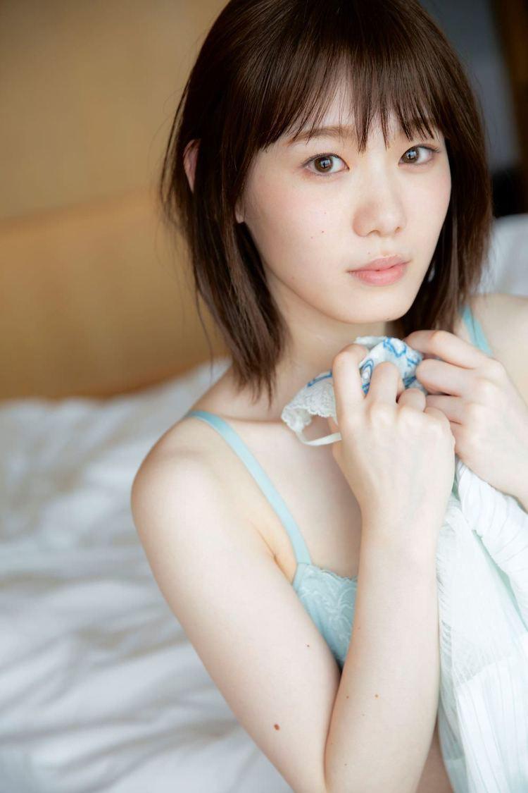 欅坂46 小池美波、ランジェリーカット解禁「見ている人も一緒に恥ずかしくなってもらえたら」