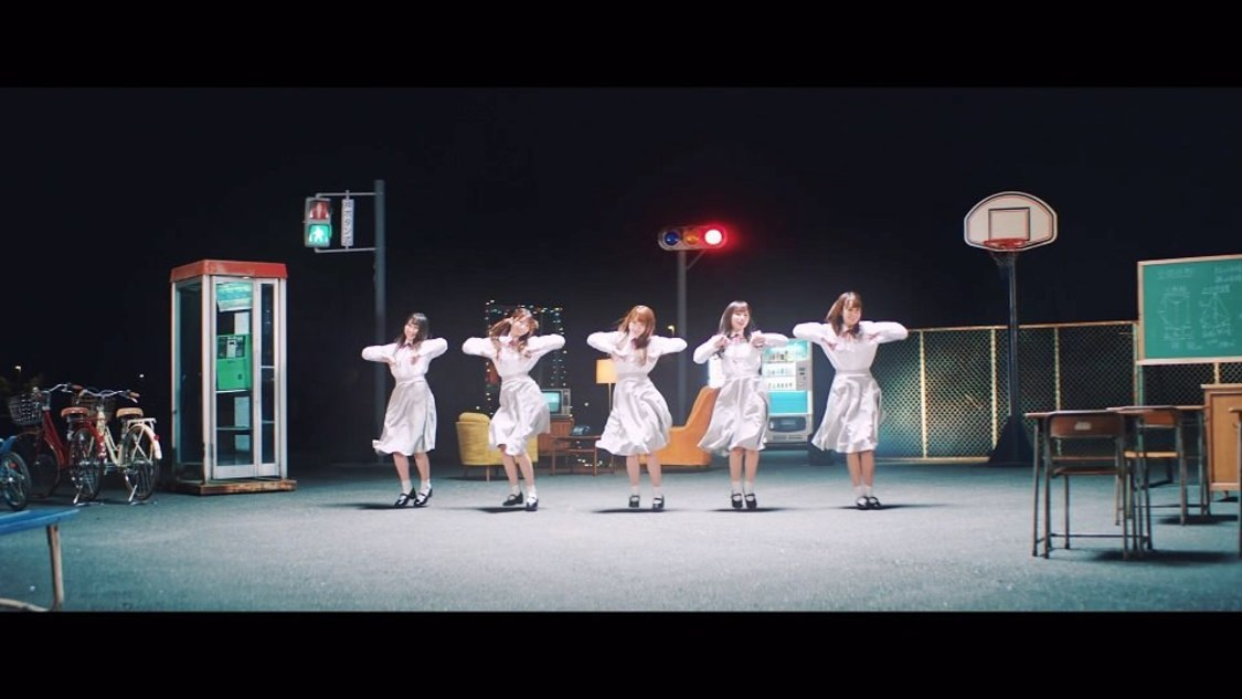 日向坂46、メンバーの笑顔が輝くユニット曲「ママのドレス」MV解禁!