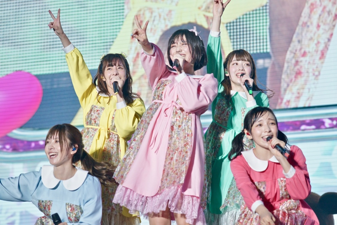 神宿[ライブレポート]たどり着いた5周年幕張ワンマン「一緒に夢を叶えていきましょう」