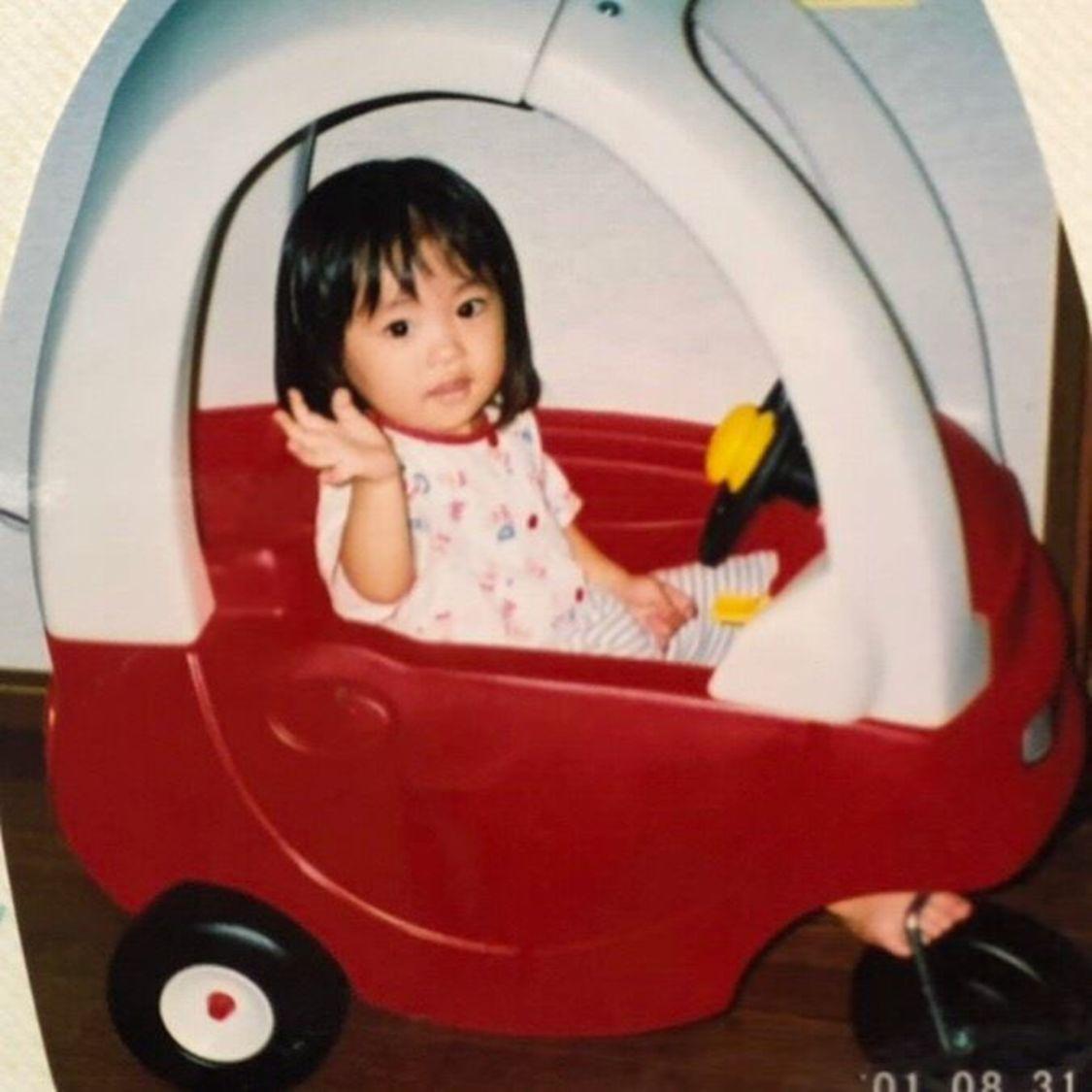 大原優乃、ハタチの誕生日に公開した幼少写真に祝福の声「ゆうのが小4の時からずっと応援してるよ」「㊗️大人の仲間入り🎉🎉🎉」