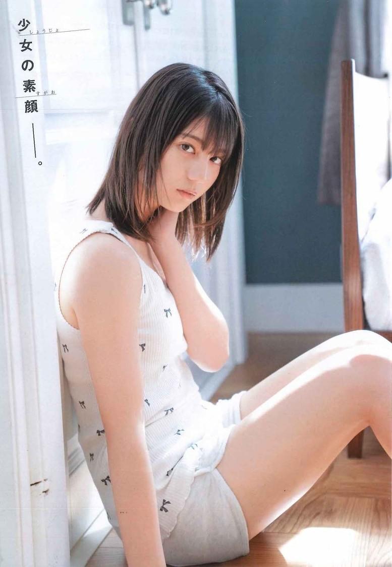 日向坂46 小坂菜緒、「見どころは高校生らしい素の笑顔です」週刊少年チャンピオン表紙&巻頭グラビア登場