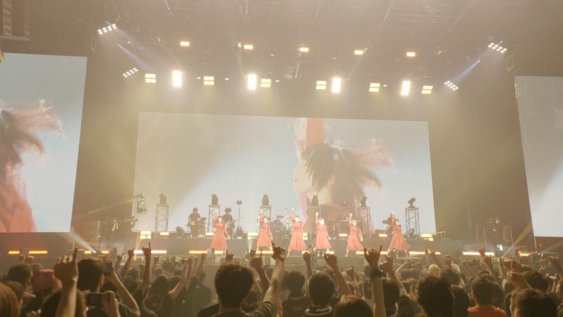 BiSH、大阪城ホールワンマンBD/DVD発売決定!「オーケストラ」ライブ映像公開も