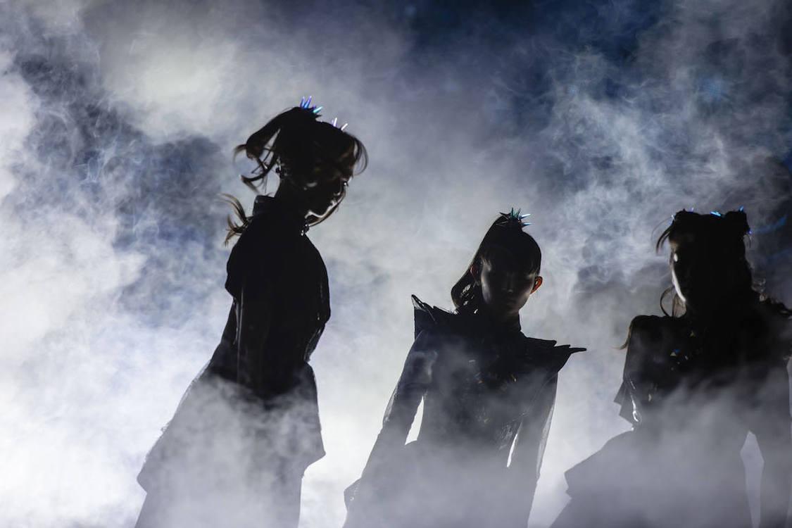 BABYMETAL[ライブレポート]日本凱旋公演で見せつけた世界を相手に突き進む勇姿