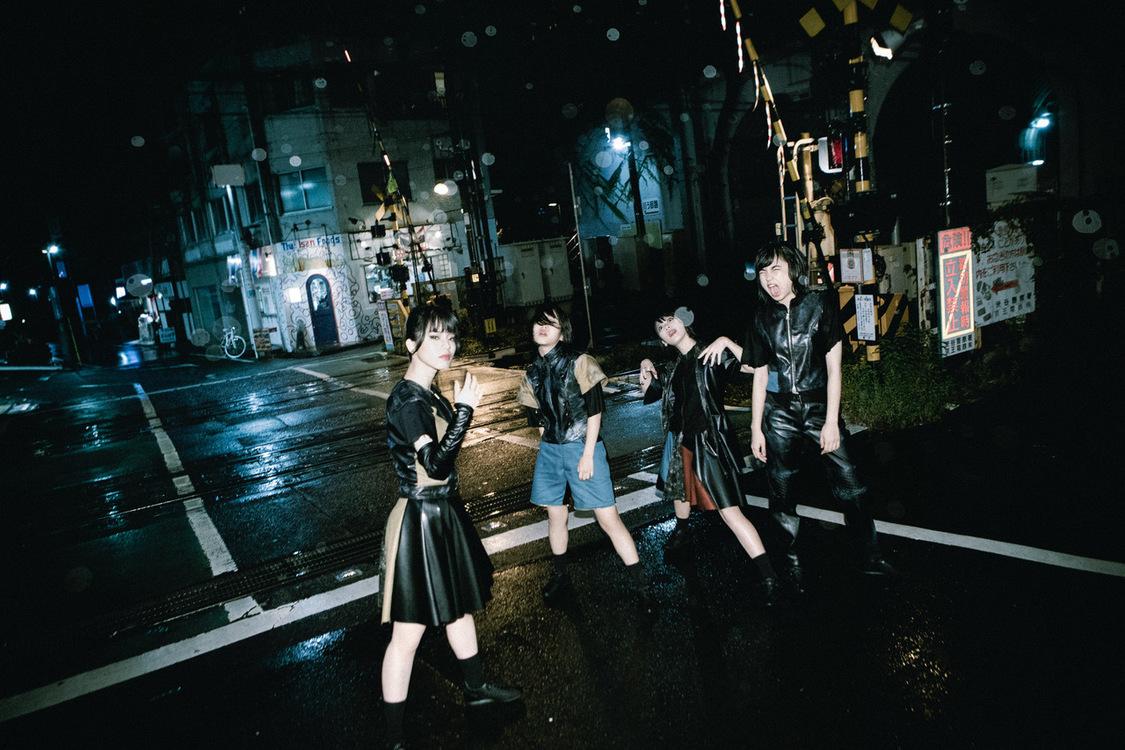 BiS、新曲「KiSS MY ASS」無料配信!&24時間イベント詳細発表