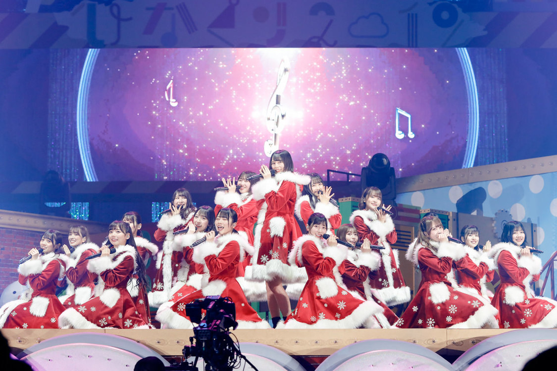 日向坂46[ライブレポート]煌めくハッピーなストーリーを描いたクリスマスライブ+東京ドーム公演を発表!