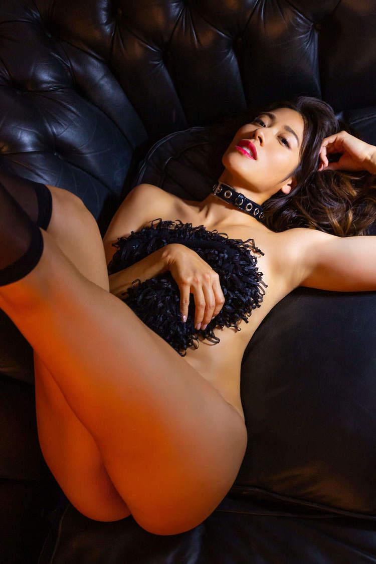 11年ミス・インターナショナル日本代表・村山和実、究極の健康美と官能美がせめぎ合った1stデジタル写真集発売!