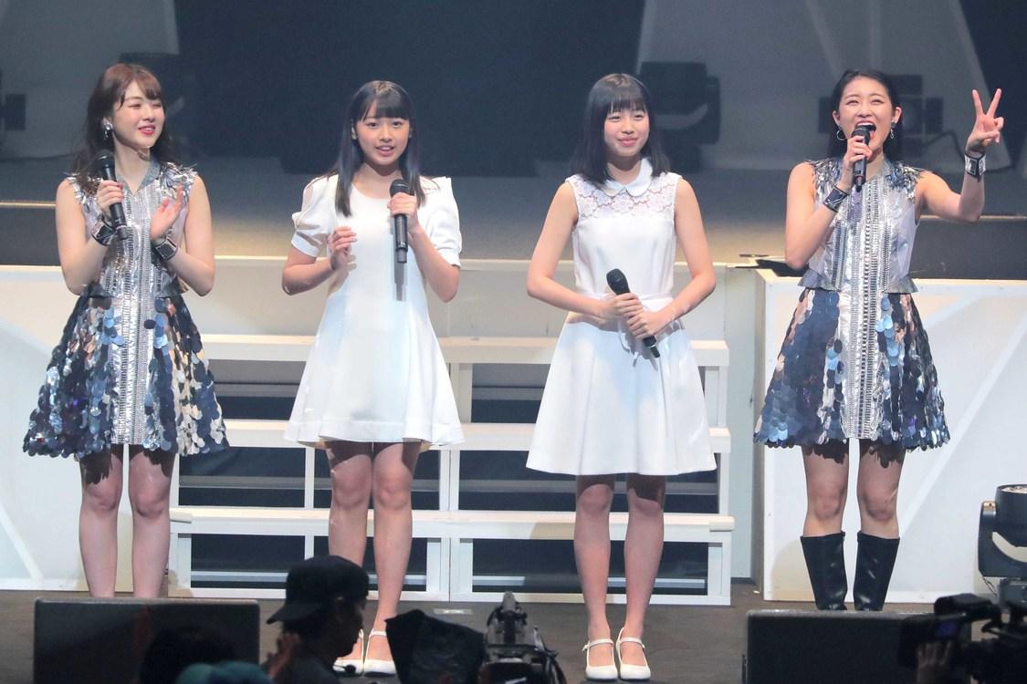 写真左から:中西香菜、太田遥香、伊勢鈴蘭、和田彩花