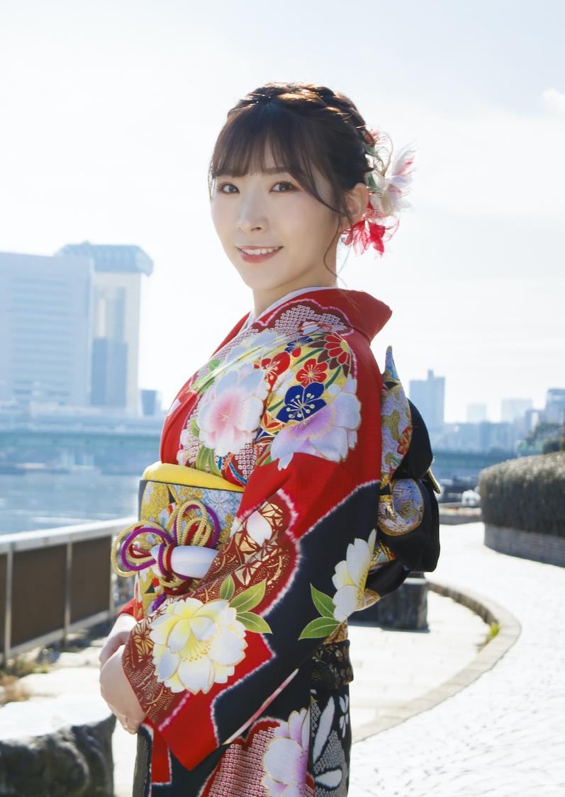 岩佐美咲、9作連続となる オリコン演歌チャート初登場1位獲得!【本人コメントあり】