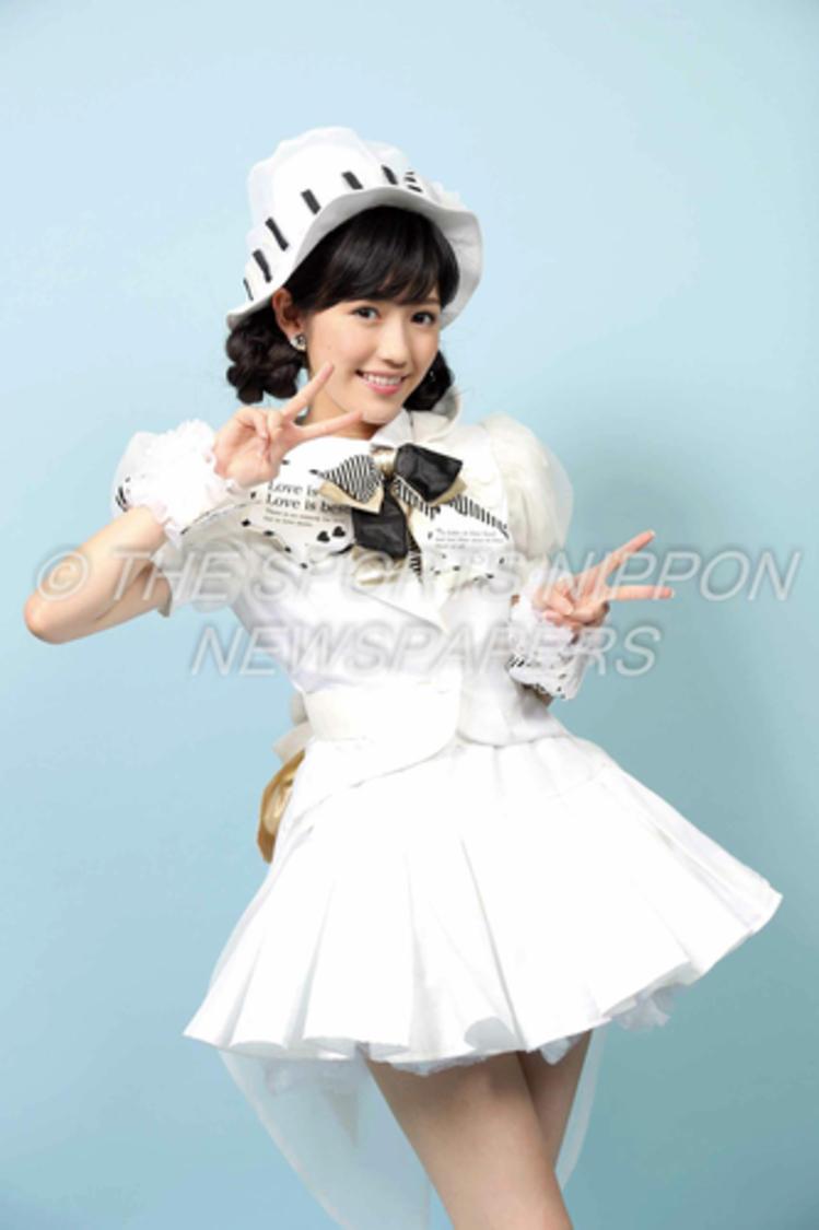 元AKB48 渡辺麻友、秘蔵写真特製パネルプレゼントキャンペーン実施!