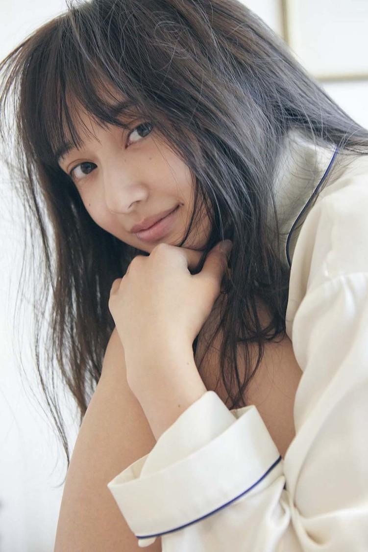 小宮有紗、ランジェリー姿にも挑戦した初のフォトスタイルブック発売決定!「大人な私も楽しみにしていてください」