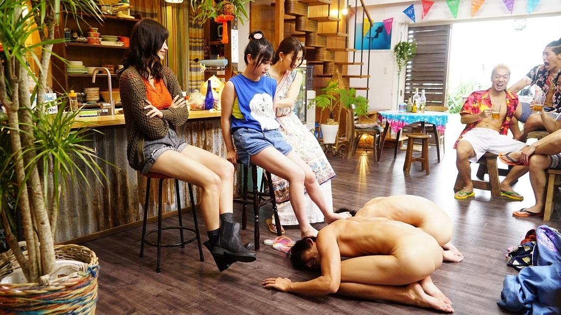©井上堅二・吉岡公威/講談社 ©2020映画「ぐらんぶる」製作委員会