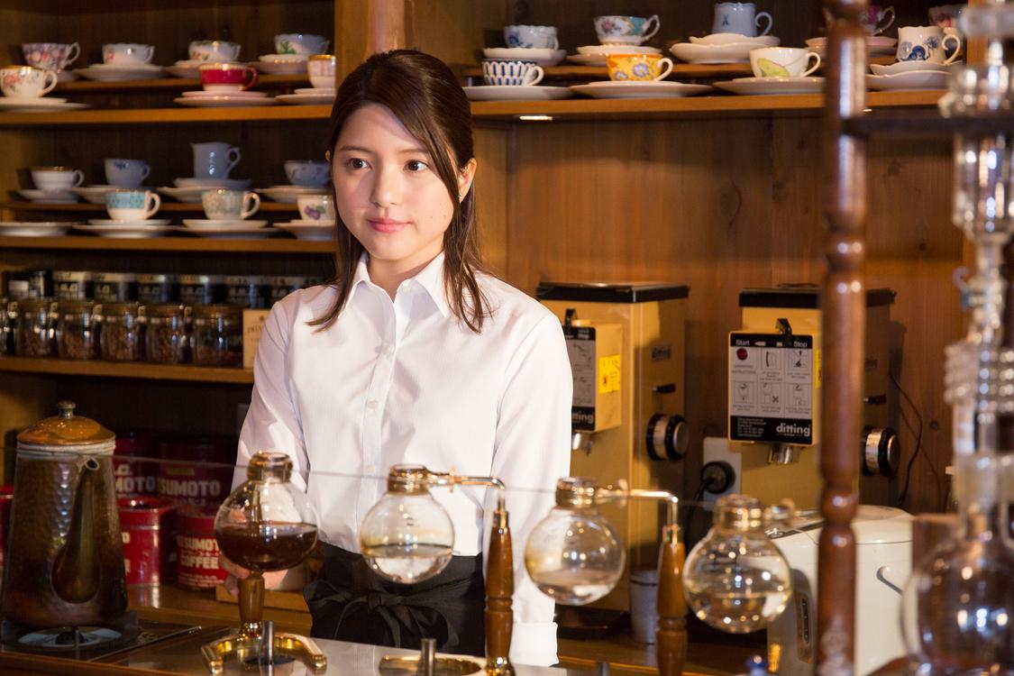 川島海荷、YouTubeドラマ『THE LAST SCENE』に出演!喫茶店のマスター演じる