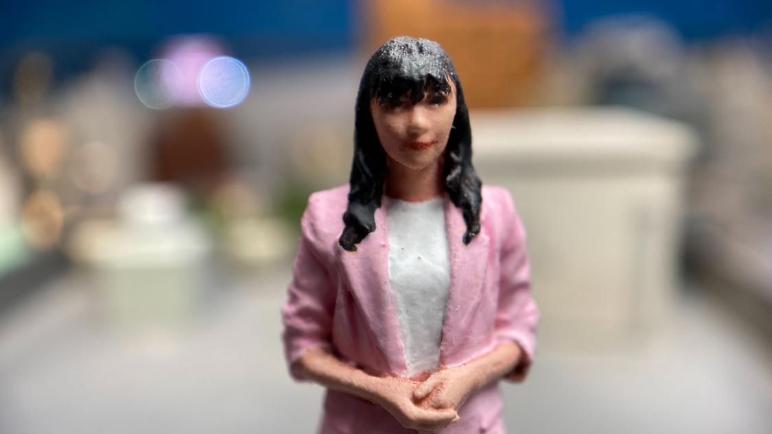 指原莉乃、イケメン医師・奥仲哲弥が気になる…? ショートドラマ『小世界家の秘密』第11話配信